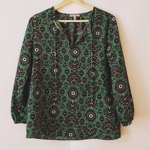 Juilcy Couture top size small long sleeves green